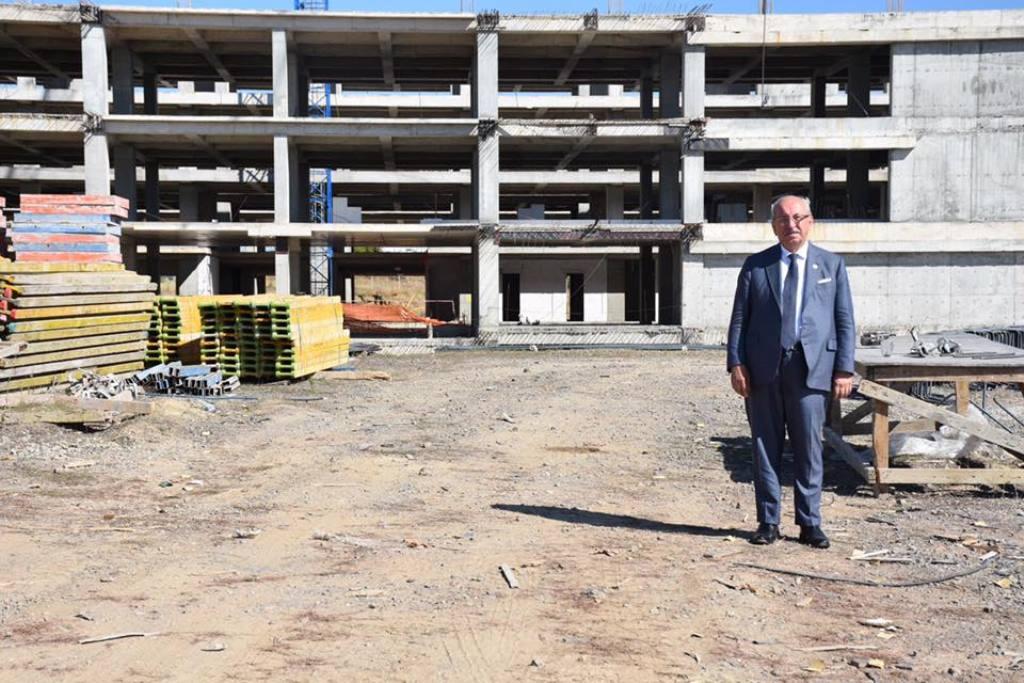 Büyükşehir Belediyesi Yeni Hizmet Binası İnşaatı Tüm Hızıyla Devam Ediyor