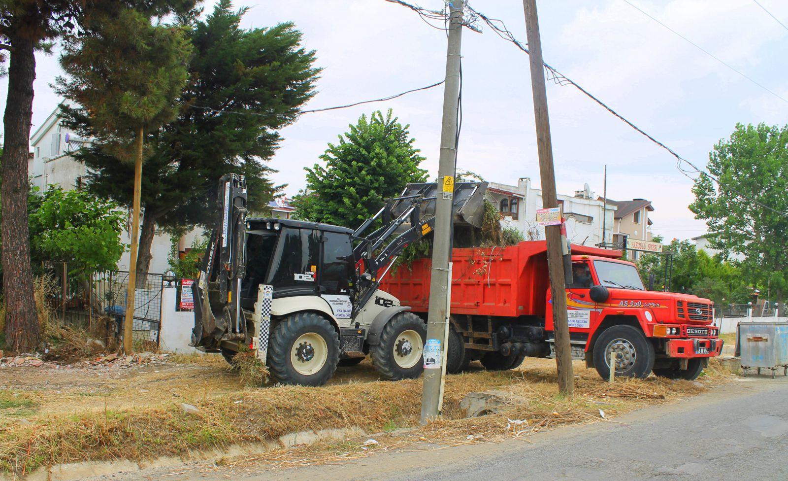 Marmara Ereğlisi'nde Çevre Temizlik Çalışmaları Sürüyor