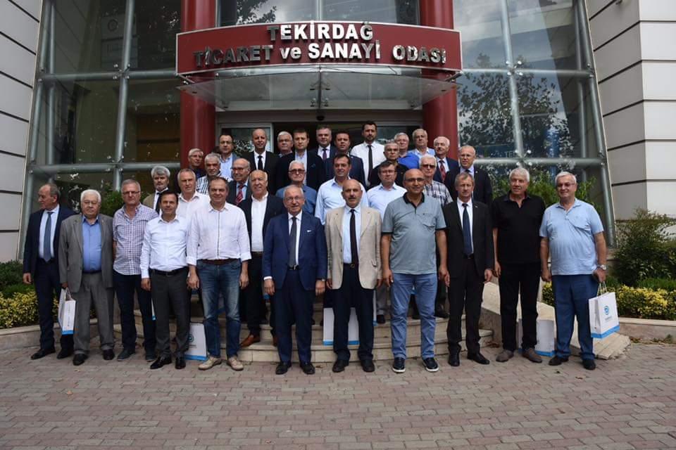 Yeni ve Eski Belediye Başkanları Tekirdağ'a Hizmet İçin El Ele Verdi