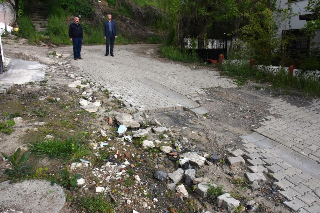 """Uzunlar: """"Süleyman paşa halkı çamuru çukuru değil hizmeti hak ediyor"""""""